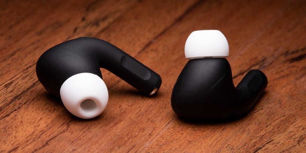 الآن يمكنك الحصول على AirPods Pro الأسود! - MacMagazine.com