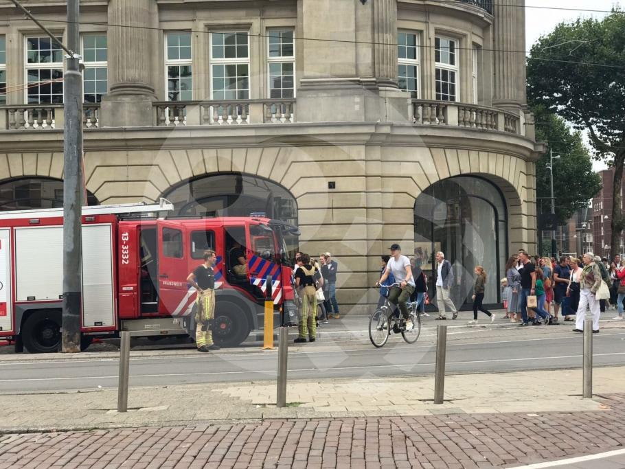 تم إخلاء متجر Apple Store في أمستردام بعد انفجار بطارية iPad [atualizado]