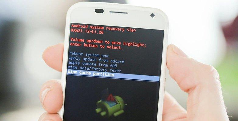 AndroidPIT Moto X يمسح قسم ذاكرة التخزين المؤقت