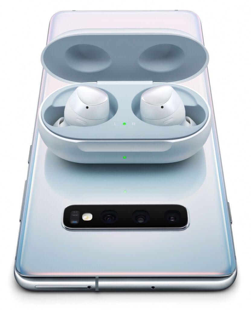 قد يكون لأجهزة iPhone الجديدة بطاريات أكبر بسبب إعادة الشحن اللاسلكي الثنائية - MacMagazine.com