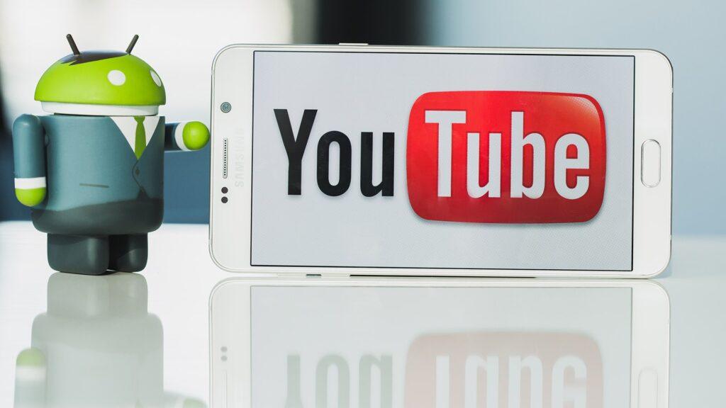كيف يمكن لـ Facebook إجبار YouTube على جعل مقاطع الفيديو الخاصة بك في وضع عدم الاتصال