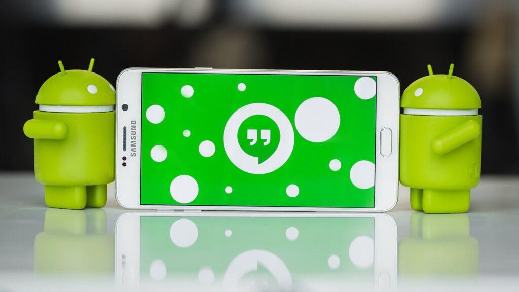 يستبدل Google Hangouts بـ Duo في حزمة التطبيقات. هل يؤثر عليك؟