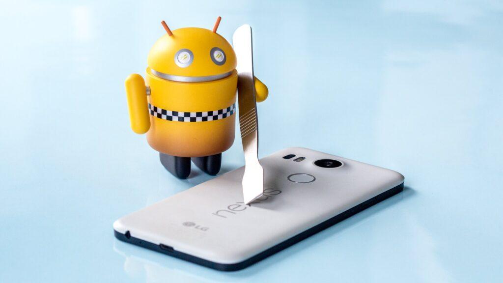 سيكون الجذر على Android 7.0 Nougat أكثر صعوبة وقد يجعل جهازك غير صالح للاستخدام