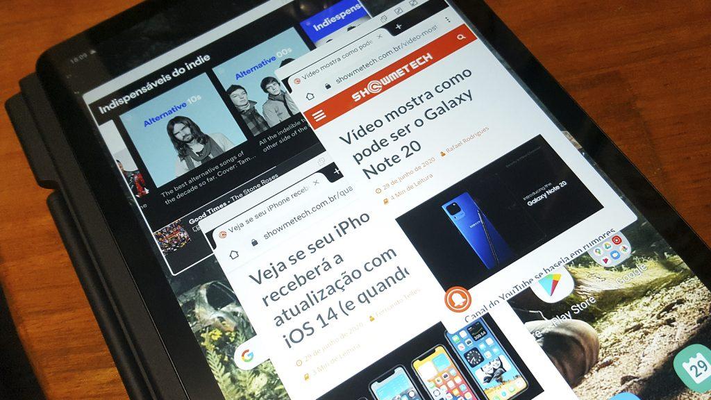سامسونج تاب اس 6 لايت مع علامات تبويب مفتوحة من جوجل كروم و سبوتيفي