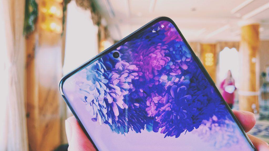 شاشة الهاتف الذكي Samsung Galaxy S20